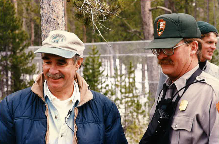 Rodger Schlickeisen and National Park Service staff at Yellowstone wolf reintroduction