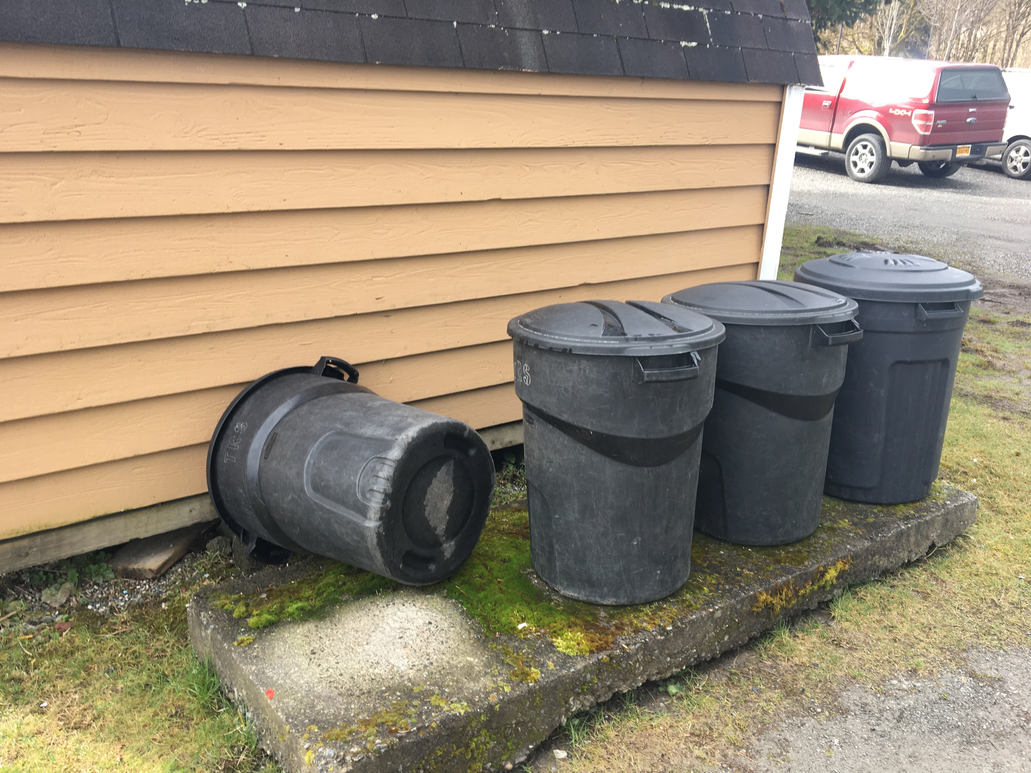 Trash Cans - Sauk Suiattle Bear Awareness Training