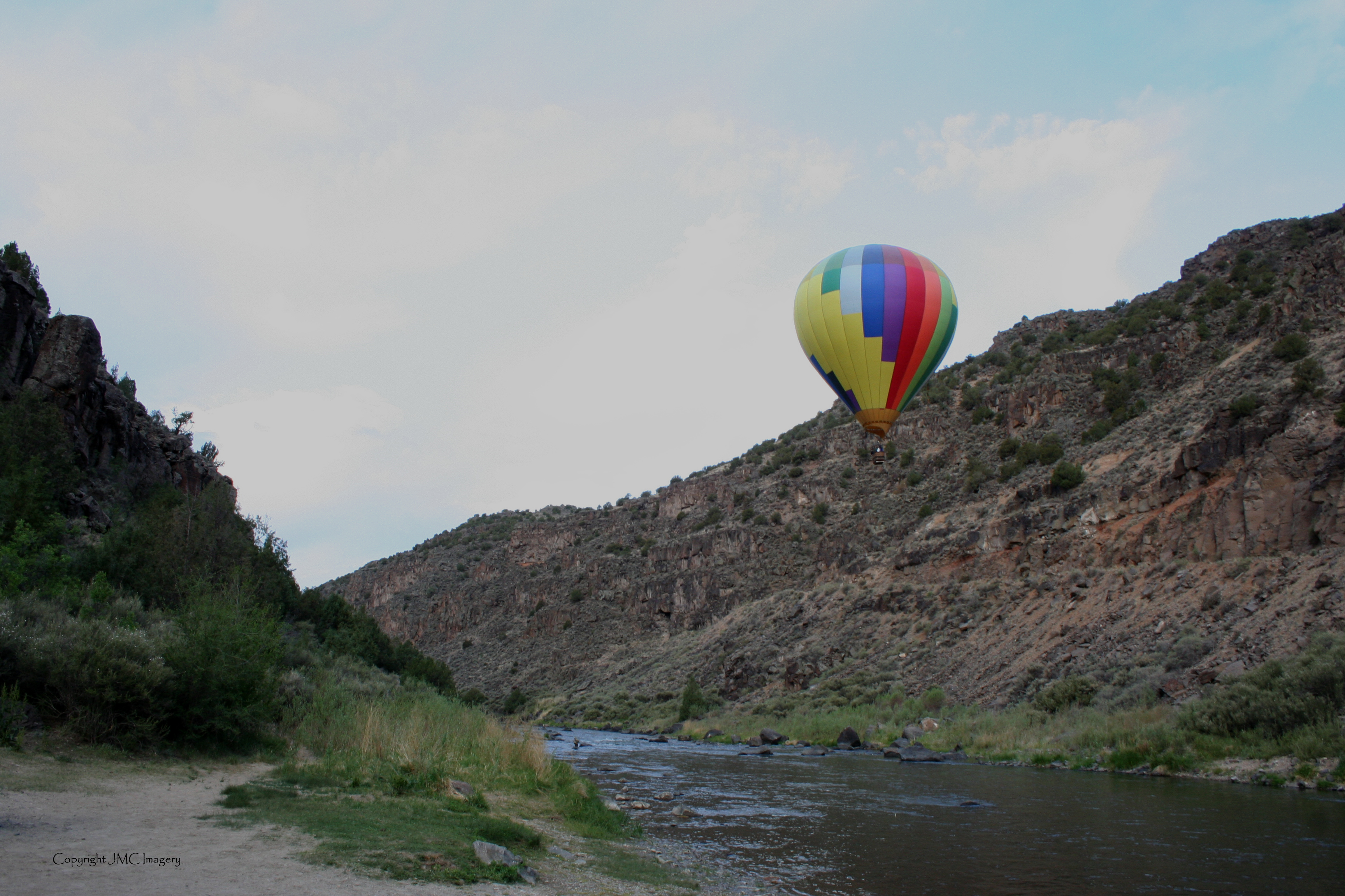 Hot Air Balloon Tour over Rio Grande Gorge, New Mexico